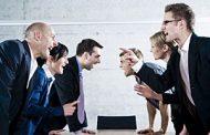 چرا از انجام گفتگوهای دشوار سر باز میزنیم؟
